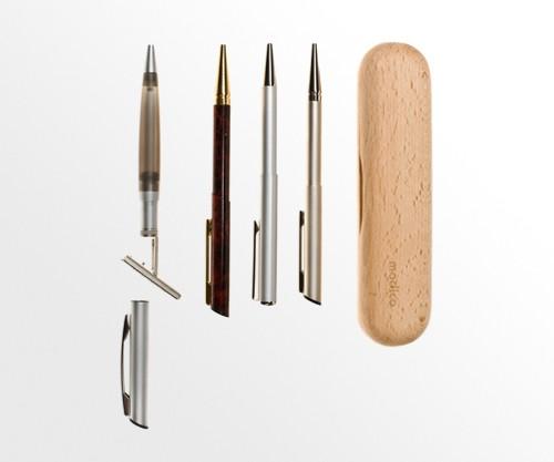 Długopisy i pióra z pieczątką